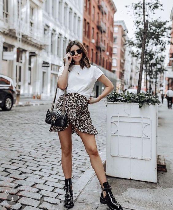 remeron con minifalda de leopardo