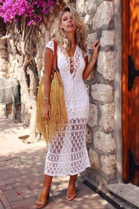 vestido a crochet blanco para el verano