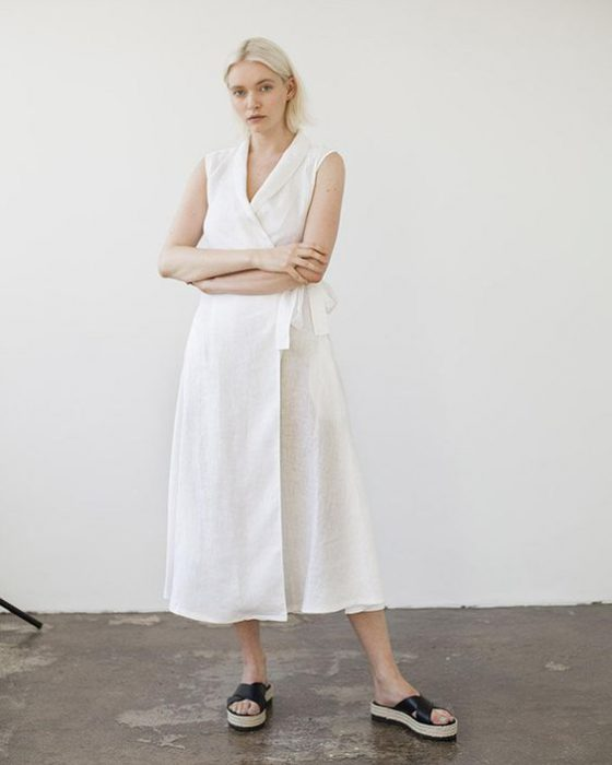 vestido blanco ccruzado informal