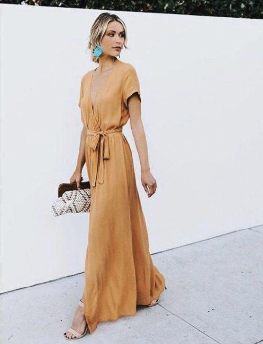 vestido cruzado largo