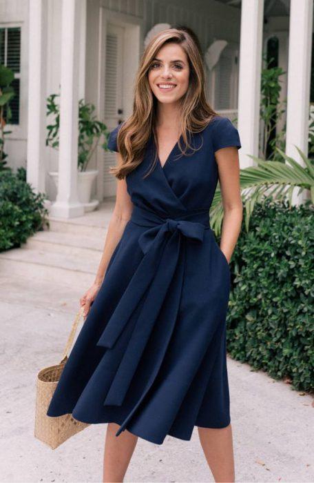 vestido cruzado midi