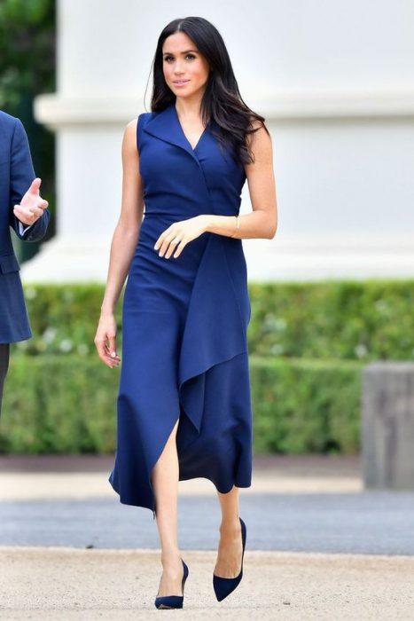 vestido cruzado para un look formal