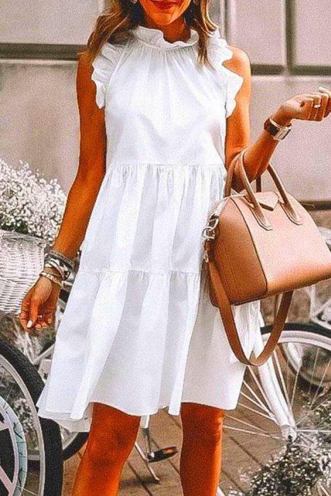 vestido de lino blanco para una cena