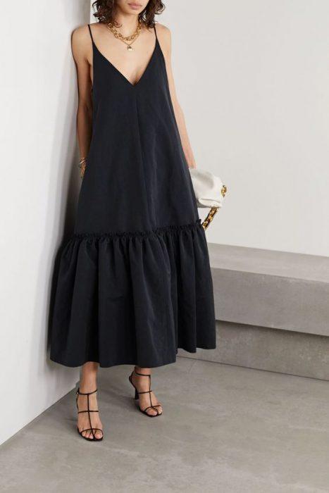 vestido de lino largo look cena
