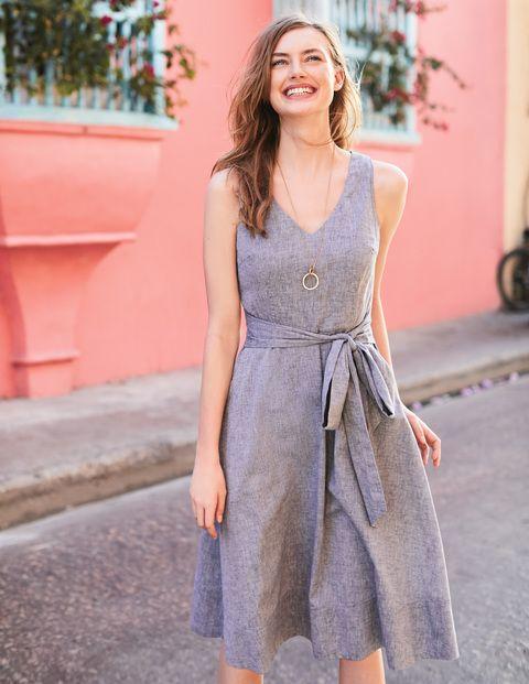 vestido de lino para la oficina