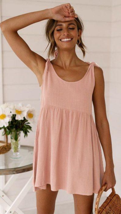 vestido de lino para un dia en la playa