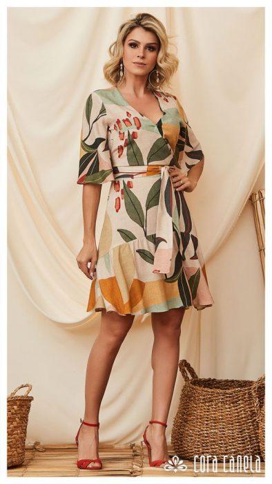 vestido de seda estampada cruzado senoras