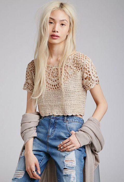Outfits juvneil con top a crochet