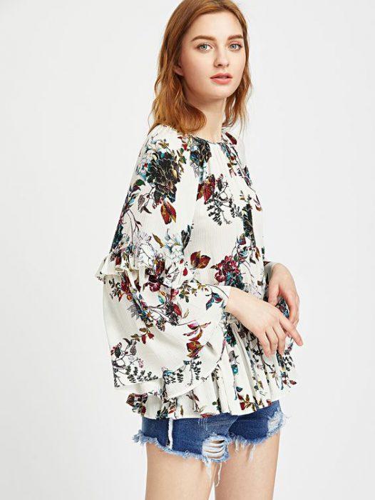 blusa floreada con short