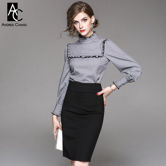 blusa gris con falda tubo negra