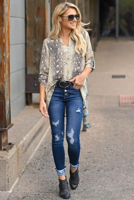 blusa holgada con jeans larga