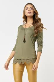 blusa oliva con calza maiz