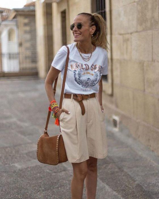 bermuda con remera basica mujer