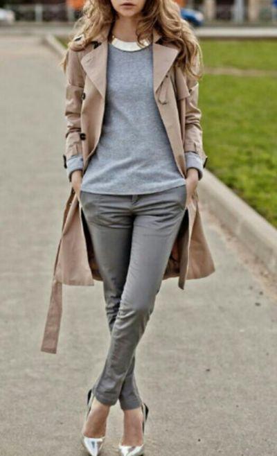 look casual de otono con pantaloes chinos para mujer
