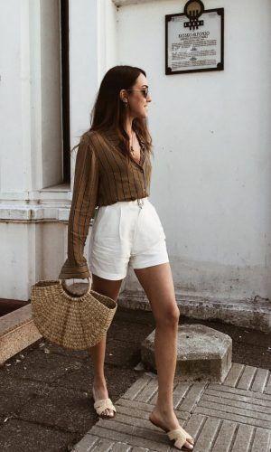 short blanco de lino y camisa