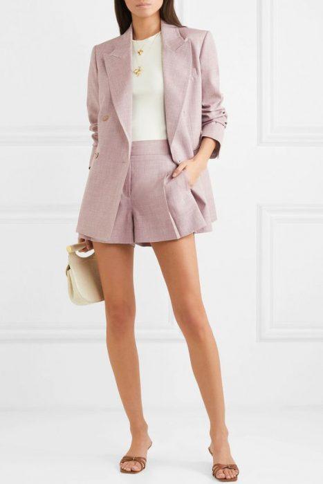 short y blazer de lino lila