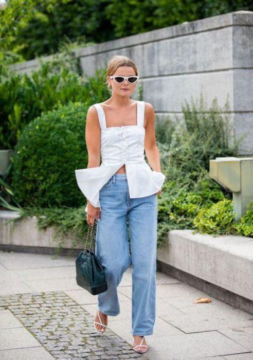 blusa y jeans ancho verano
