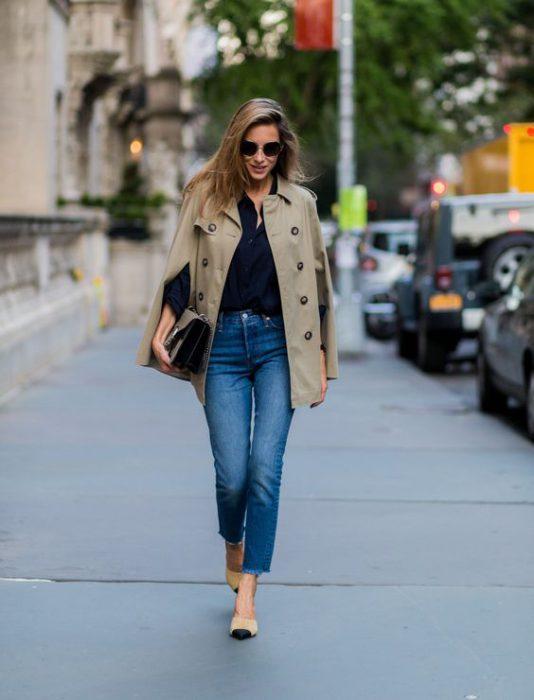 outfit semiformal para ir al trabajo con jeans