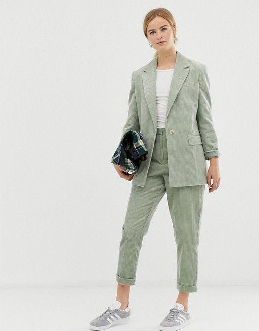 pantalon chino gabarina con blazer
