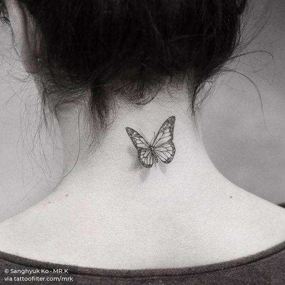 tatuaje de mariposa 3d en cuello