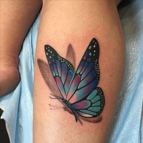 tatuaje de mariposa grande en 3d
