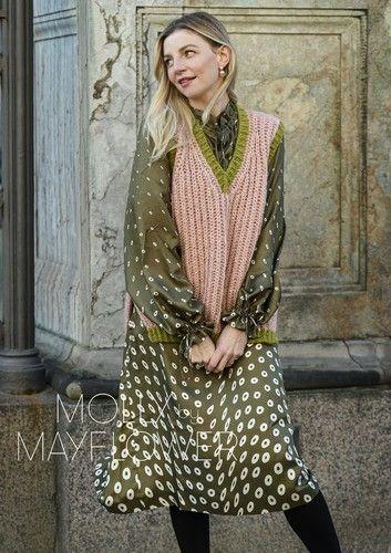 vestido con chaleco tejido