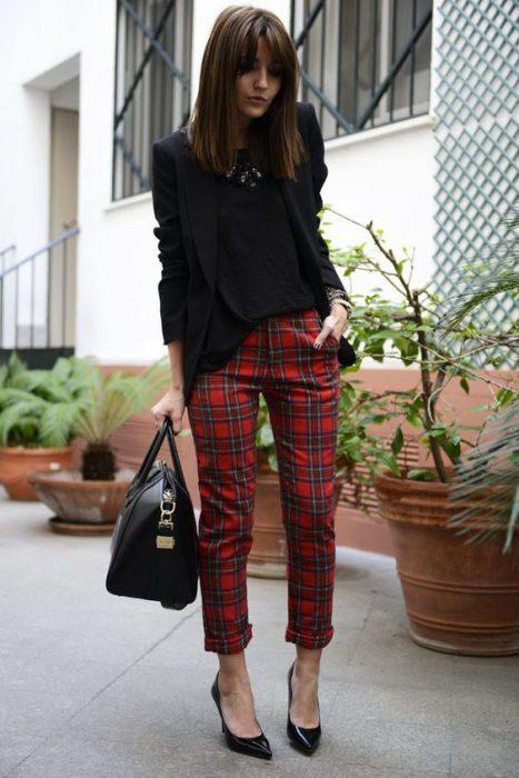 blazer negro y pantalon de vestir a cuadros