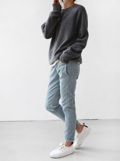 look basico con jeans claro mujer