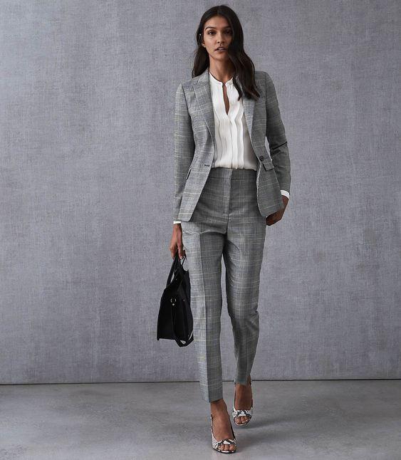 look formal pantalon de vestir y blazer mujer