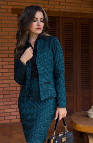 outfit formal con falda tubo y blazer
