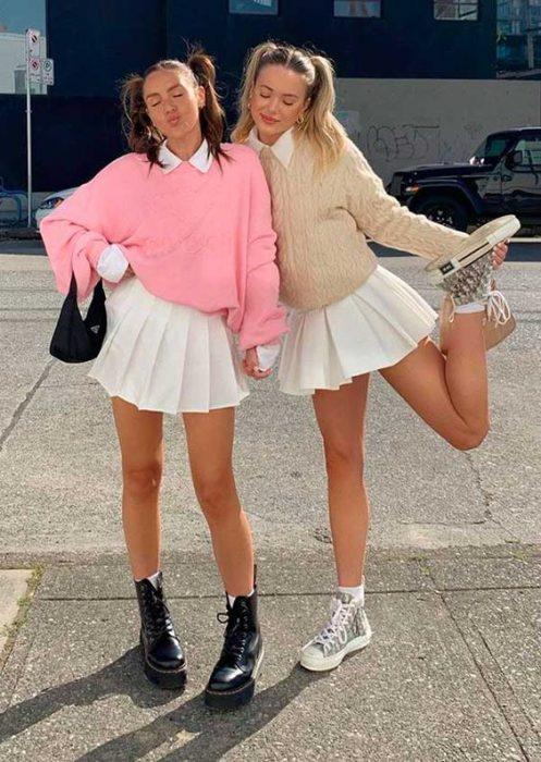 falda plisada juvenil mujer moda de los 90 1
