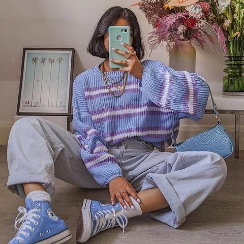 jeans con sweater holgados