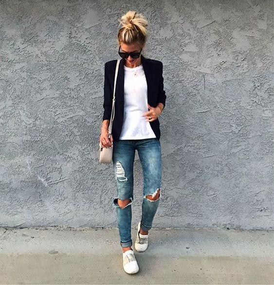 blaer jeans rotos y remera