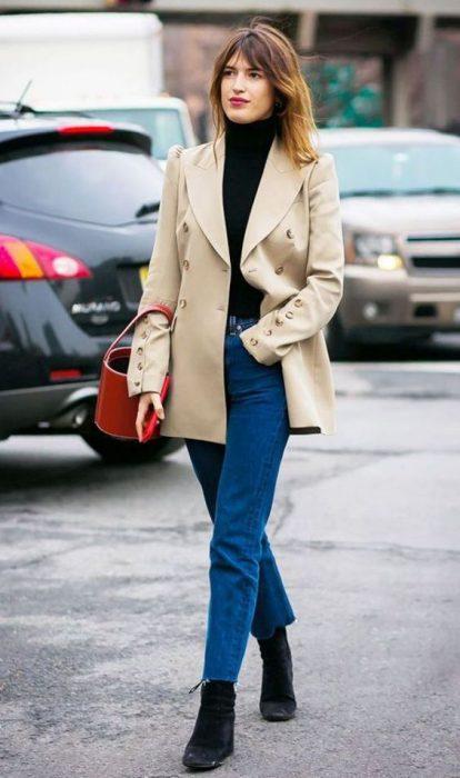 blazer beige negro