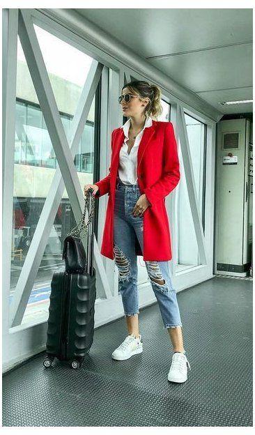 jeans mom con blazer rojo
