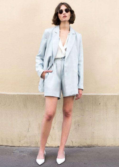 outfit con traje de lino short mujer