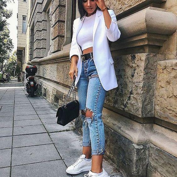 jeans rotos chupin top blazer