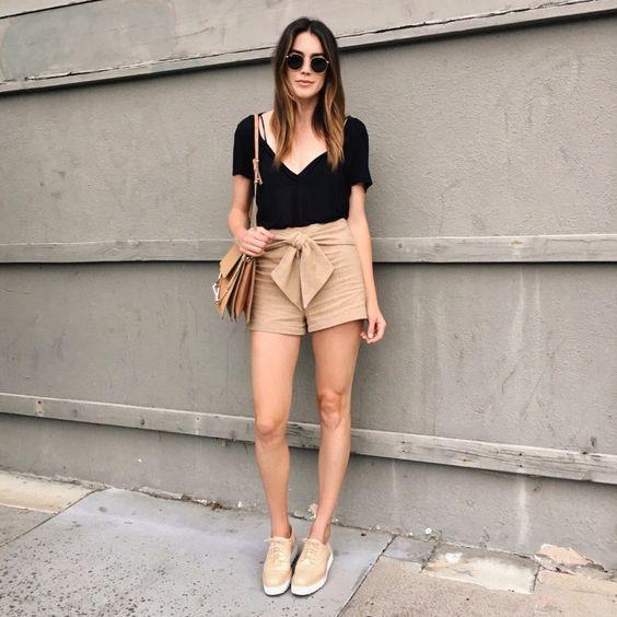 look casual short beige lino