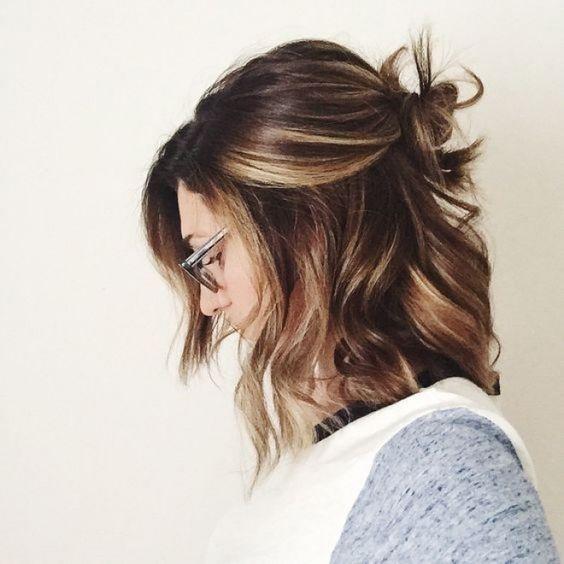 semi recogido cabello largo medio