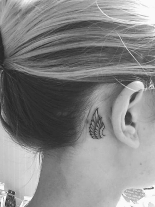 tatuaje ala pequena angen