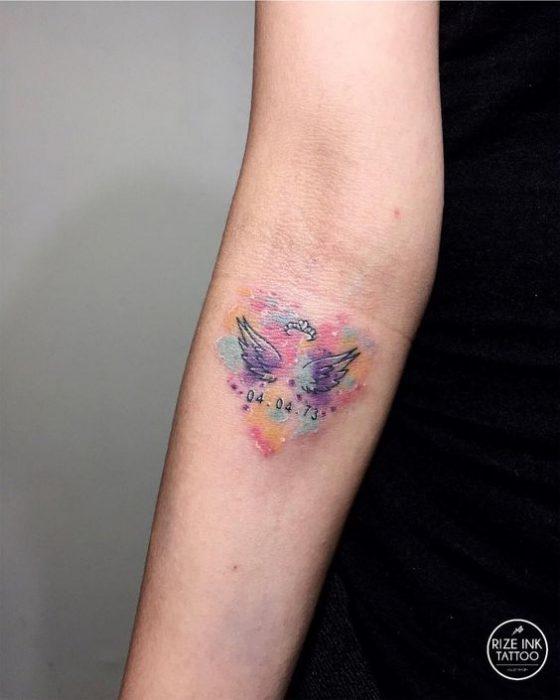 tatuaje alas angel brazo