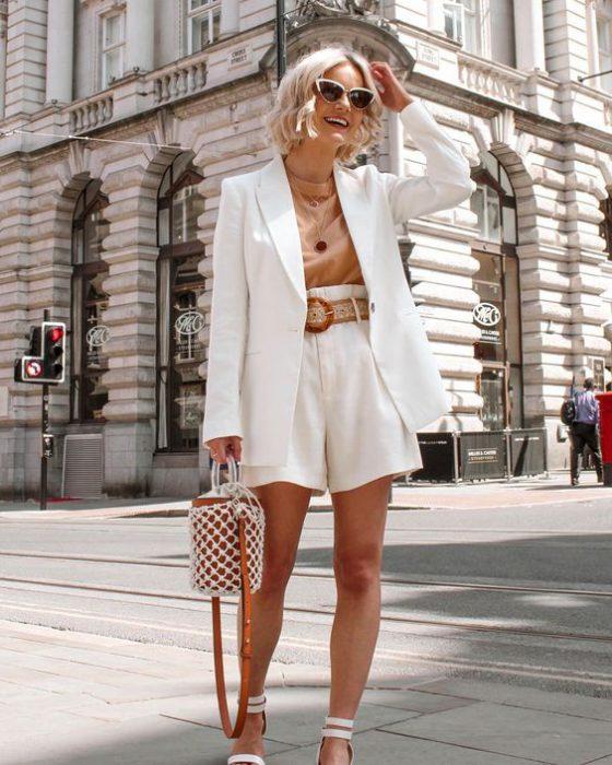short lino y blazer