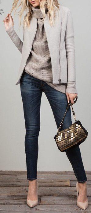 estiletos con jeans para la oficina