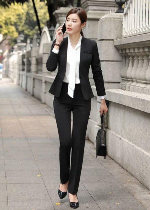 traje entallado mujer oficina otono